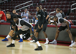 October 10, 2017 - Los Angeles, California, U.S - Members of the Los Angeles Clippers stretch during their Free Open Practice for fans held on Tuesday October 10, 2017 at the Galen Center in USC in Los Angeles, California. (Credit Image: © Prensa Internacional via ZUMA Wire)