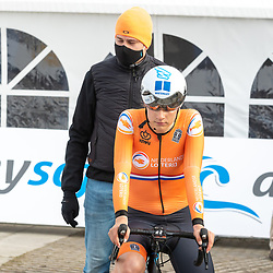 11-03-2021: Wielrennen: Healthy Ageing Tour: Lauwersoog. <br />Eline van Rooijen