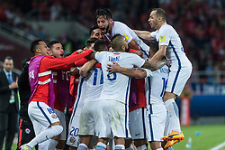 MOSCOW, June 19, 2017  Team Chile celebrates victory after the 2017 Confederations Cup football Group B match between Cameroon and Chile in Moscow, Russia, June 18, 2017. (Credit Image: © Evgeny Sinitsyn/Xinhua via ZUMA Wire)