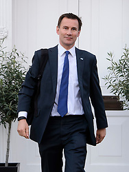 © Licensed to London News Pictures. 26/04/2016. London, UK. Secretary of state for health JEREMY HUNT leaves his London home on the morning of the first all-out junior doctors strike. Photo credit: Ben Cawthra/LNP