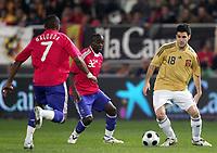 Fotball<br /> Frankrike<br /> Foto: DPPI/Digitalsport<br /> NORWAY ONLY<br /> <br /> FOOTBALL - FRIENDLY GAME 2007/2008 - SPAIN v FRANCE - 06/02/2008 - CESC FABREGAS (SPA) / LASSANA DIARRA / FLORENT MALOUDA (FRA)<br /> <br /> Frankrike v Spania