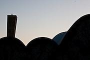 Belo Horizonte _ MG, 25 de Agosto de 2008..Imagens da regiao da Pampulha, em Belo Horizonte, para montagem de material promocional da empresa Rossi...Na foto: Igreja de Sao Francisco de Assis (Igrejinha da Pampulha), inaugurada em projeto arquitetonico da igreja e de Oscar Niemeyer e calculo estrutural de Joaquim Cardoso. E ainda possui um painel de Candido Portinari. ...Foto: BRUNO MAGALHAES / AGENCIA NITRO