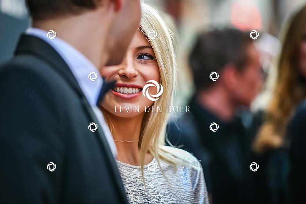 AMSTERDAM - De Nederlandse premiere van Elle, de nieuwste film van regisseur Paul Verhoeven. Met hier Sarah Chronis op de rode loper. FOTO LEVIN & PAULA PHOTOGRAPHY