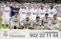 Fotball<br /> 12.05.2007<br /> Foto: imago/Digitalsport<br /> NORWAY ONLY<br /> <br /> Lagbilde Real Madrid<br /> <br /> Mannschaftsbild Real Madrid, hi.v.li.: Ruud van Nistelrooy, Torwart Iker Casillas, Sergio Ramos, Guti, Emerson, Mahamadou Diarra; vorn: Gonzalo Higuain, Roberto Carlos, Raul Gonzalez, Cicinho und Fabio Cannavaro