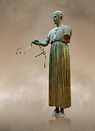 """""""Charioteer of Delphi"""" 470 BC. The """"Charioteer of Delphi"""" is one of the best known ancient Greek statues, and one of the best preserved examples of classical bronze casts. It is considered a fine example of the """"Severe"""" style. Delphi Archaeological Museum. .<br /> <br /> If you prefer to buy from our ALAMY STOCK LIBRARY page at https://www.alamy.com/portfolio/paul-williams-funkystock/greco-roman-sculptures.html . Type -    Delphi     - into LOWER SEARCH WITHIN GALLERY box - Refine search by adding a subject, place, background colour, museum etc.<br /> <br /> Visit our ROMAN WORLD PHOTO COLLECTIONS for more photos to download or buy as wall art prints https://funkystock.photoshelter.com/gallery-collection/The-Romans-Art-Artefacts-Antiquities-Historic-Sites-Pictures-Images/C0000r2uLJJo9_s0"""