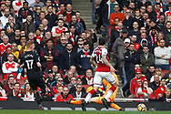 Sam Clucas of Swansea City (L) scores his team's first goal. Premier league match, Arsenal v Swansea city at the Emirates Stadium in London on Saturday 28th October 2017.<br /> pic by Steffan Bowen, Andrew Orchard sports photography.