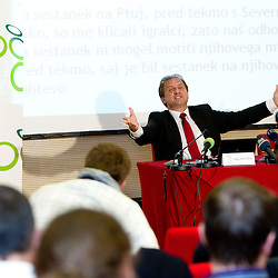 20101105: SLO, Football - Press conference of mag. Ivan Simic, president of NZS