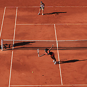 Serena Williams, USA in action during her win three set win over Maria Jose Martinez Sanchez of Spain during the third round match at the French Open Tennis Tournament at Roland Garros, Paris, France on Saturday, May 30, 2009. Photo Tim Clayton.