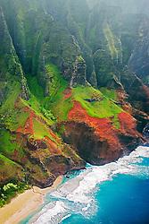 Kalalau Beach with unnamed waterfalls, the end of the 11 mile hiking trail, Na Pali coast, Kauai, Hawaii, Pacific Ocean