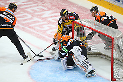 28.10.2016, Albert Schultz Halle, Wien, AUT, EBEL, UPC Vienna Capitals vs Moser Medical Graz 99ers, 15. Runde, im Bild Peter Robin Weihager (Moser Medical Graz 99ers), Thomas Hoeneckl (Moser Medical Graz 99ers), Jonathan Ferland (UPC Vienna Capitals) und Zintis Nauris Zusevics (Moser Medical Graz 99ers) // during the Erste Bank Icehockey League 15th Round match between UPC Vienna Capitals and Moser Medical Graz 99ers at the Albert Schultz Ice Arena, Vienna, Austria on 2016/10/28. EXPA Pictures © 2016, PhotoCredit: EXPA/ Thomas Haumer