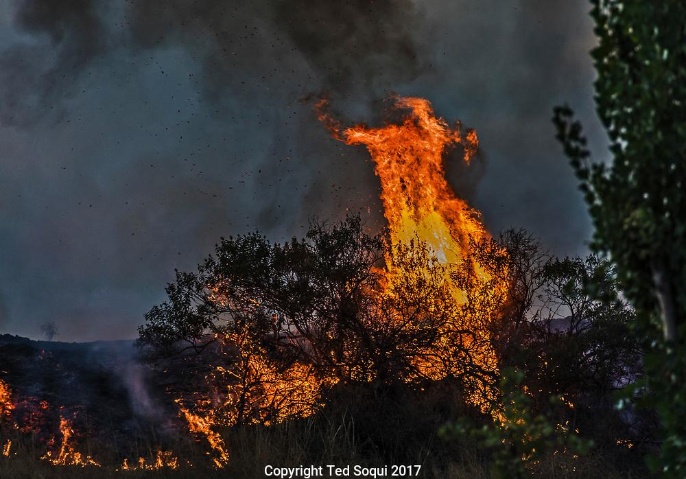 Twightlight fire fighting in Sun Valley. La Tuna Fire.