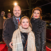 NLD/Amsterdam/20161222 - Première 32ste Wereldkerstcircus, Anouk van Nes, partner Thorkell