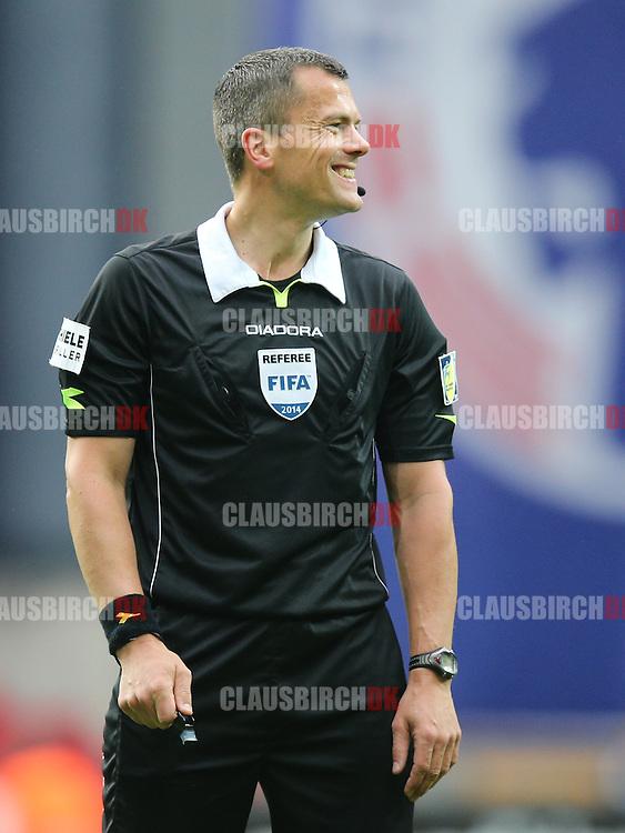 FODBOLD: Dommer Michael Tykgaard under kampen i Superligaen mellem FC København og OB den 18. maj 2014 i Parken, København. Foto: Claus Birch