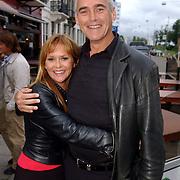 NLD/Amsterdam/20050808 - Deelnemers Sterrenslag 2005, Rudy Veenstra  en partner Manon Thomas