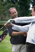Houten -  Stuart Burley, golfpro van de Nieuwegeinse GC. COPYRIGHT KOEN SUYK