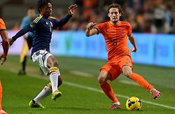 19-11-2013 VOETBAL: NEDERLAND - COLOMBIA: AMSTERDAM<br /> Nederland speelt met 0-0 gelijk tegen Colombia / (L-R) Juan Guillermo Cuadrado, Daley Blind<br /> ©2013-FotoHoogendoorn.nl