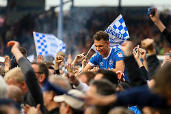 Portsmouth fans celebrate with Kal Naismith of Portsmouth - Mandatory by-line: Jason Brown/JMP - 06/05/2017 - FOOTBALL - Fratton Park - Portsmouth, England - Portsmouth v Cheltenham Town - Sky Bet League Two