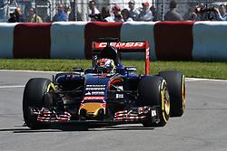 06.06.2015, Circuit Gilles Villeneuve, Montreal, CAN, FIA, Formel 1, Grand Prix von Kanada, Qualifying, im Bild Max Verstappen (NDL) Scuderia Toro Rosso STR10 // during Qualifyings of the Canadian Formula One Grand Prix at the Circuit Gilles Villeneuve in Montreal, Canada on 2015/06/06. EXPA Pictures © 2015, PhotoCredit: EXPA/ Sutton Images/ Jose Rubio<br /> <br /> *****ATTENTION - for AUT, SLO, CRO, SRB, BIH, MAZ only*****