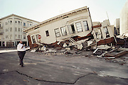 Aftermath of the October 17, 1989 Loma Prieta Earthquake, San Francisco, California. Damage in the Marina District of San Francisco resulting from the earthquake that occurred at 5:04 PM and lasted 15 seconds. At a magnitude of 7.1, it was the worst earthquake in the San Francisco Bay Area since 1906.