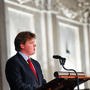 NLD/Amsterdam/20151125 - Koning Willem Alexander reikt Erasmusprijs 2015 uit, Lodewijk Gelauff spreekt tijdens de uitreiking van de Erasmusprijs 2015 aan de Wikipedia Community