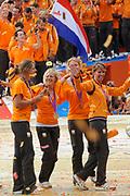 Nederlandse Olympische ploeg komt thuis en wordt gehuldigd op het plein voor Station Den Bosch.<br /> <br /> Op de foto:  Anky van Grunsven