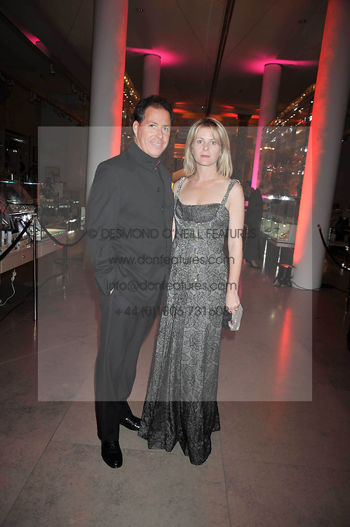 VISCOUNT & VISCOUNTESS LINLEY at a dinner to celebrate the opening of 'Maharaja - The Spendour of India's Royal Courts' an exhbition at the V&A, London on 6th October 2009.