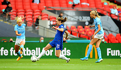 Niamh Charles of Chelsea Women is challenged by Chloe Kelly of Manchester City Women- Mandatory by-line: Nizaam Jones/JMP - 29/08/2020 - FOOTBALL - Wembley Stadium - London, England - Chelsea v Manchester City - FA Women's Community Shield