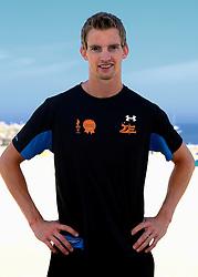 23-07-2013 VOLLEYBAL: BEACH TEAM HOLLAND: SCHEVENINGEN <br /> Beach Team Holland selectie 2013 / Wereldkampioen Robert Meeuwsen<br /> ©2013-FotoHoogendoorn.nl