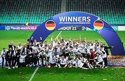 LJUBLJANA, SLOVENIA - JUNE 06: Players of Germany celebrate with the UEFA European Under-21 Championship trophy following victory in the 2021 UEFA European Under-21 Championship Final match between Germany and Portugal at Stadion Stozice on June 06, 2021 in Ljubljana, Slovenia.  Photo by Grega Valancic / Sportida