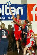 DESCRIZIONE : LA SPEZIA CAMPIONATO ITALIANO DI BASKET FEMMINILE LEGA A1 2004-2005<br />GIOCATORE : ROVIDA<br />SQUADRA : COPRA ALESSANDRIA<br />EVENTO : CAMPIONATO ITALIANO BASKET FEMMINILE LEGA A1 2004-2005<br />GARA : PASTA AMBRA TARANTO-COPRA ALESSANDRIA<br />DATA : 17/10/2004<br />CATEGORIA : tiro<br />SPORT : Pallacanestro<br />AUTORE : Agenzia Ciamillo-Castoria/S.D'Errico