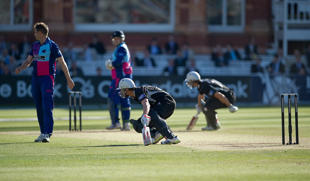 Somerset's James Hildreth running with team-mate Craig Meschede at Lords against Middlesex Panthers<br /> <br />  (Photo by Ashley Western/CameraSport) <br /> <br /> County Cricket - Yorkshire Bank 40 - Group C - Middlesex Panthers v Somerset - Tuesday 4th June 2013 - Lords - London<br /> <br /> © CameraSport - 43 Linden Ave. Countesthorpe. Leicester. England. LE8 5PG - Tel: +44 (0) 116 277 4147 - admin@camerasport.com - www.camerasport.com
