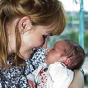 NLD/Amsterdam/20140514 - Mom's moment 2014 , Sophie van den Enk met dochter Reina