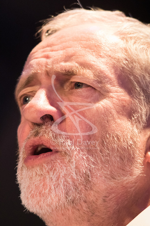 Camden Centre, London, November 4th 2015.  Labour Party Leader Jeremy Corbyn speaks to hundreds of supporters of refugees demanding greater action from the British government to help overcome the refugee crisis. // Licencing Contact: paul@pauldaveycreative.co.uk Mobile 07966 016 296