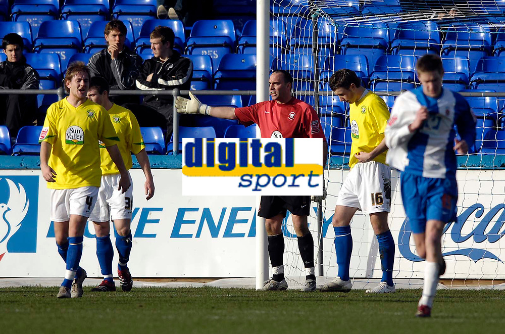 Photo: Jed Wee/Sportsbeat Images.<br /> Hartlepool United v Hereford United. Coca Cola League 2. 03/03/2007.<br /> <br /> Hereford goalkeeper Wayne Brown (C) leads the complaints after Hartlepool's first half goal.