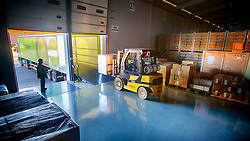 Empilhadeira durante carregamento de caminhão na empresa Multi Armazéns, em Novo Hamburgo. FOTO: Jefferson Bernardes/Preview.com