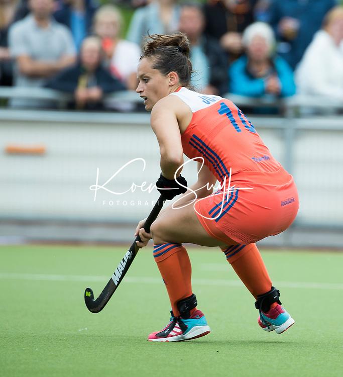 SCHIEDAM - Kelly Jonker (Ned) tijdens een oefenwedstrijd tussen  de dames van Nederland en Belgie , in aanloop naar het  EK Hockey, eind augustus in Amstelveen. COPYRIGHT KOEN SUYK