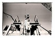 Projet sur la construction avec l'AVE (association Valaisanne des Entrepreneurs <br /> Suisse, Valais<br /> Project terre rare #photoargentique #noiretblanc #noiretblancphotographie #blackandwhite #blackandwhitephotography #photoargentique #photographieargentique #leica #leicamp #ilford #labophoto #terrerare #terresrares #terrerareprojet @omaire. <br /> (STUDIO_54/ OLIVIER MAIRE)