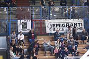 DESCRIZIONE : Cremona Lega A 2014-2015 Vanoli Cremona Pasta Reggia Caserta<br /> GIOCATORE : Tifosi Supporters<br /> SQUADRA :  Pasta Reggia Caserta <br /> EVENTO : Campionato Lega A 2014-2015<br /> GARA : Vanoli Cremona Pasta Reggia Caserta<br /> DATA : 01/03/2015<br /> CATEGORIA :  Tifosi Supporters<br /> SPORT : Pallacanestro<br /> AUTORE : Agenzia Ciamillo-Castoria/F.Zovadelli<br /> GALLERIA : Lega Basket A 2014-2015<br /> FOTONOTIZIA : Cremona Campionato Italiano Lega A 2014-15 Vanoli Cremona Pasta Reggia Caserta <br /> PREDEFINITA : <br /> F Zovadelli/Ciamillo