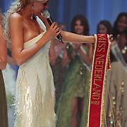 NLD/Nijkerk/20110710 - Miss Nederland verkiezing 2011, Kim Kotter met de sjerp