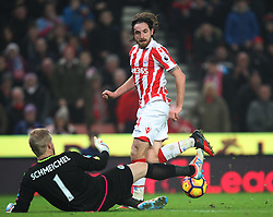 Kasper Schmeichel of Leicester City (L) saves from Joe Allen of Stoke City - Mandatory by-line: Jack Phillips/JMP - 17/12/2016 - FOOTBALL - Bet365 Stadium - Stoke-on-Trent, England - Stoke City v Leicester City - Premier League