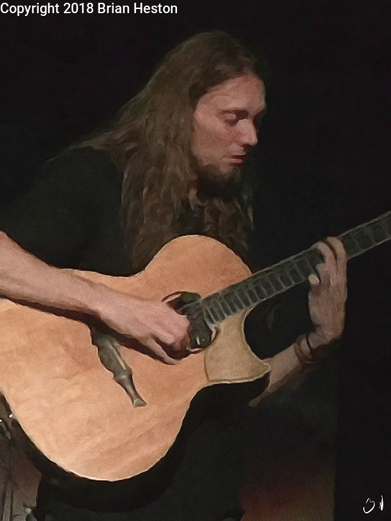 Mike Dawes preforming in Chicago at City Winery on 08/26/2018 Justin Hayward of the Moody Blues in Concert at Chicago City Winery with Mike Dawes and Julie Ragins