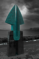 Partnership Sculpture in Reykjavik. Image taken with a Leica X2 camera (ISO 100, 24 mm, f/4, 1/40 sec).
