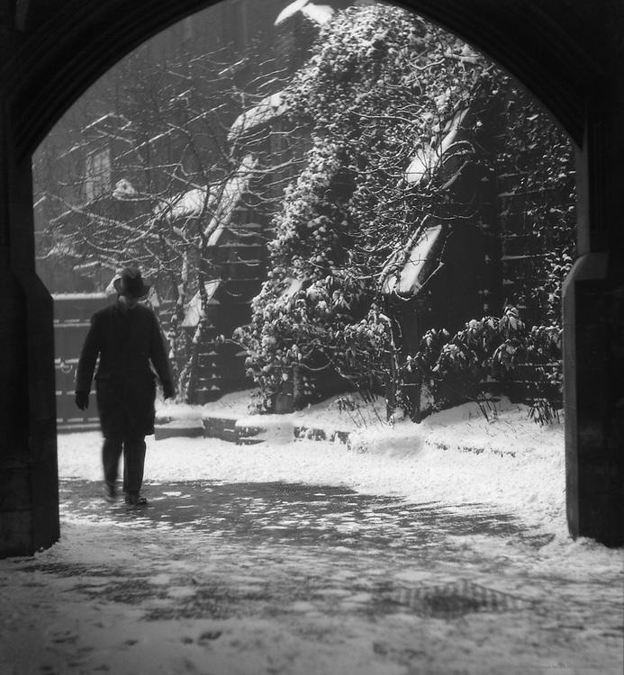 Winter, Temple, London, 1929