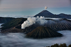 July 8, 2017 - Probolinggo, Indonesia - The view of Mount Bromo during the Yadnya Kasada Festival at Probolinggo, East Java, Indonesia on July 8, 2017. Yadnya Kasada ceremony is the main festival by the Tenggerese worshiper. Tenggerese climb the Mount Bromo, an active volcano and seek the blessing from the main deity Hyang Widi Wasa by presenting offerings of rice, fruit, livestock and other local produce. (Credit Image: © Nugroho Hadi Santoso/NurPhoto via ZUMA Press)