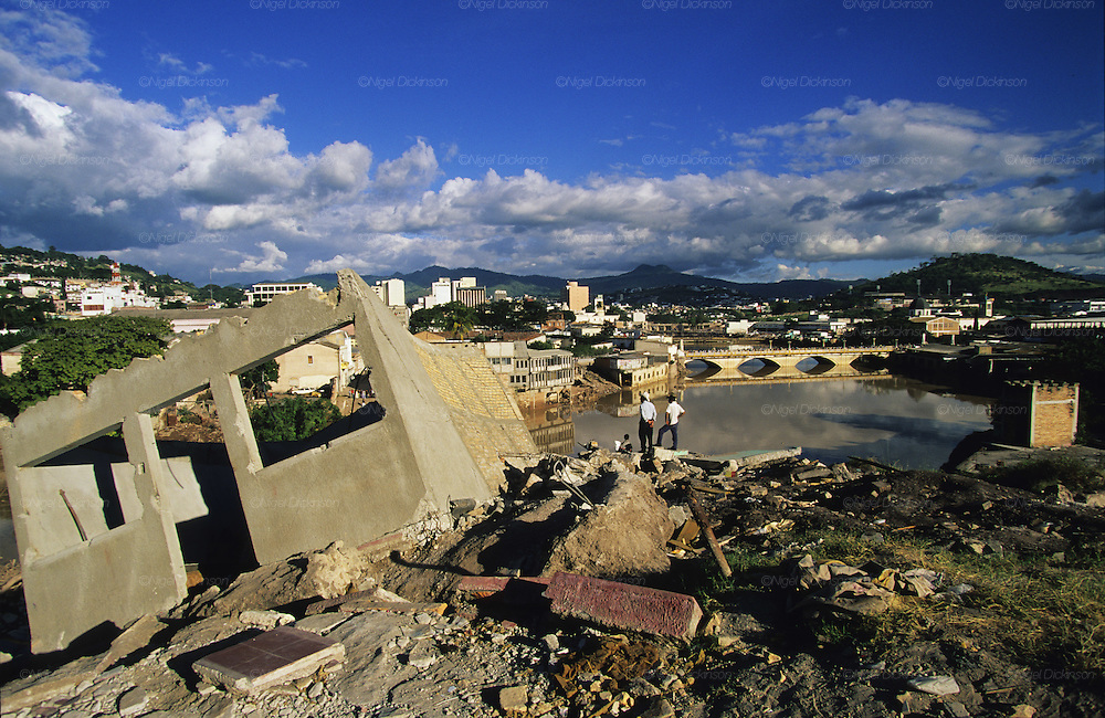 Central America, Honduras, Tegucigalpa. Devastation in the aftermath of Hurricane Mitch. High winds and flooding. Infrastructure destroyed.
