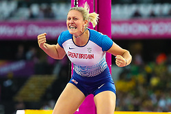 London, 2017 August 06. Holly Bradshaw, Great Britain roars as she clears a jump in the in the women's pole-vault final on day three of the IAAF London 2017 world Championships at the London Stadium. © Paul Davey.