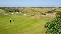 DOMBURG - green van hole 8/17 van de Domburgsche Golf Club in Zeeland (Walcheren) .  Op de achtergrond hole 7 . COPYRIGHT KOEN SUYK