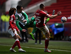 Jed Wallace of Millwall contends for the aerial ball with Tommy Rowe of Bristol City - Mandatory by-line: Ryan Hiscott/JMP - 15/12/2020 - FOOTBALL - Ashton Gate - Bristol, England - Bristol City v Millwall - Sky Bet Championship