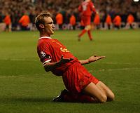 Fotball. UEFA Champions League. Kvartfinale 03.04.2002.<br /> Liverpool v Bayer Leverkusen.<br /> Sami Hyypiä / Hyypia jubler etter å ha gjort 1-0.<br /> Foto: Robin Parker, Digitalsport