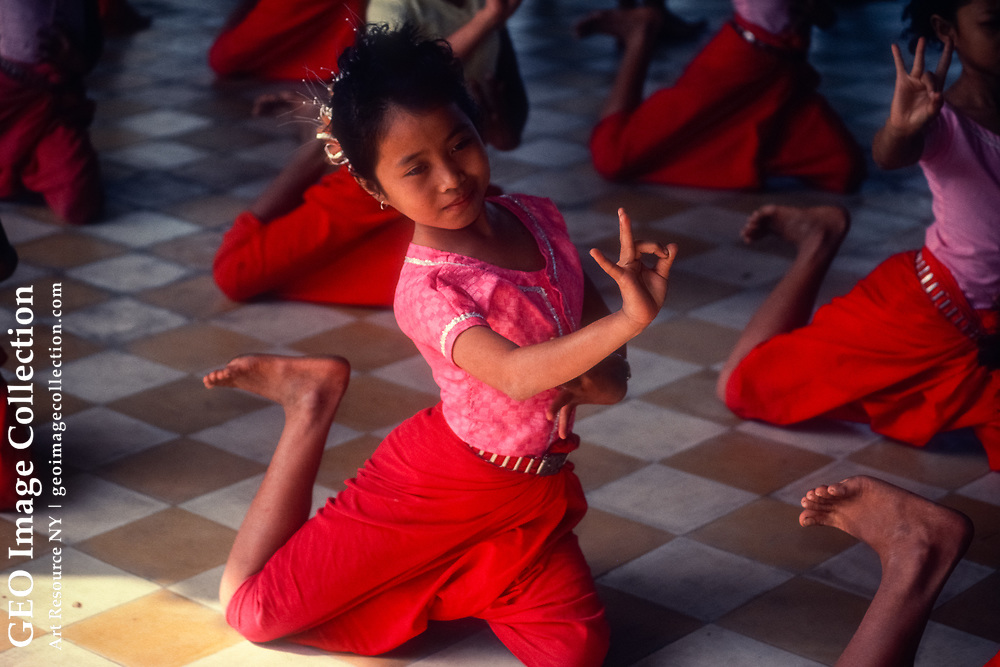 Reviving centuries-old traditions all but lost in the Khmer Rouge's campaign of terror, the School of Fine Arts in Phnom Penh trains a new generation of classical dancers. <br /> Phnom Penh, Cambodia